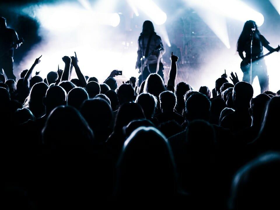 rock band live audience pubblico music